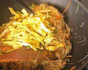 でも、主食が特徴である温州の温州揚げがピンク色になったら、再び上がることができます 、chow mien 6