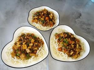 栄養麺の子供が醤油を添えて食べるのが大好きな練習法3
